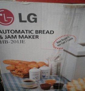 Продается новая хлебопечка