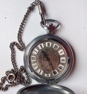 Карманные часы Молния сделано в СССР механические