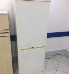 Холодильник Stinol (Яблочный Пирог)