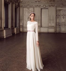 Абсолютно новое свадебное платье(50-52 размер)
