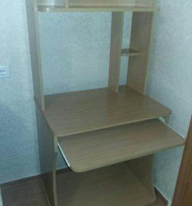 письменный малогабаритный стол
