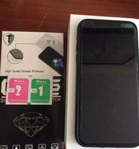 Защитное стекло на IPhone X XS