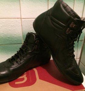 Ботинки размер 43