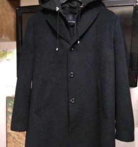 Пальто демисезонное р. 50-52