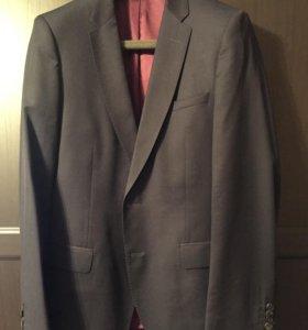 Пиджак мужской р.50-52 Cacharel