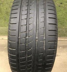 Pirelli P Zero Rosso AO 245/40 R18 1шт