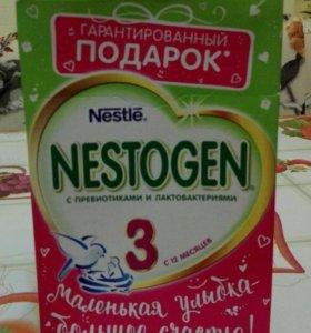 """Сухой молочный напиток """"Nestogen 3"""""""
