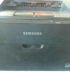 Лазерный принтер Samsung ML-1640