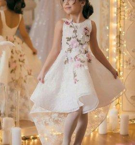 Шикарное эксклюзивное дизайнерское платье
