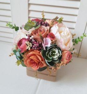 Композиция для декора из тканевых цветов