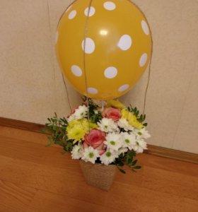 Букет воздушный шар с корзинкой на заказ