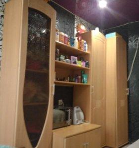 Продам шкаф-стенку и диван-трансформер