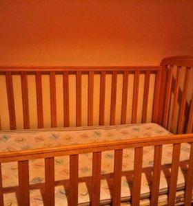 Кроватка супер прочная 0 -7 лет (есть  2 Матраса)