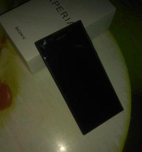Смартфон Sony L1