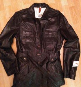 Новая женская куртка из натуральной кожи