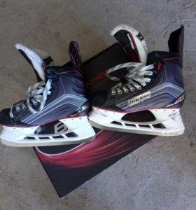 Коньки хоккейные полупрофессиональные бауэр х600