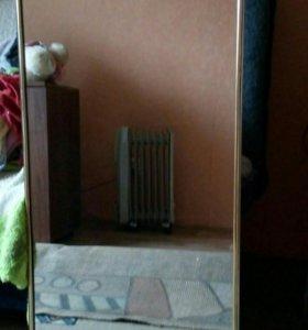 Зеркало высота  1м10см,ширина 45 см