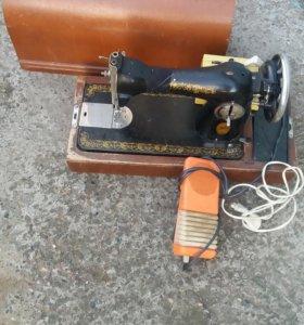 Швейная машина с электроприводом