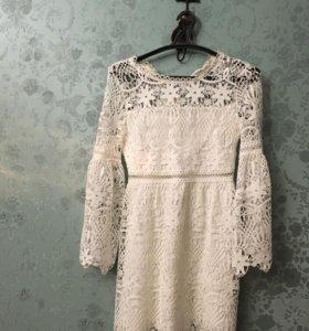 Скромное платье новое