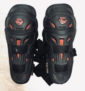 Icon Stryker Knee Armor Наколенники