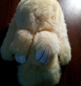 Срочно продам брелок кролик. совсем новый.
