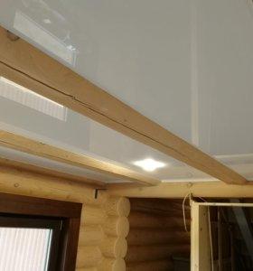 натяжной потолок деревянный дом