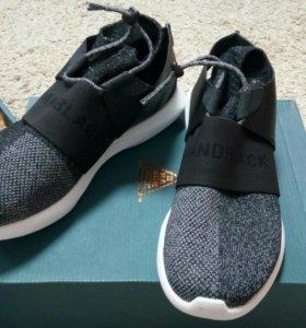 Кроссовки Brand Black