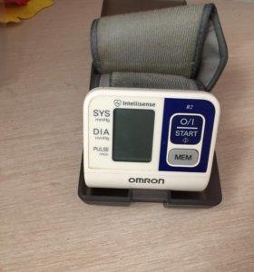 Тонометр электронный наручный