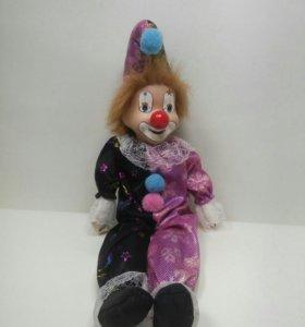 ИгрушкаКукла-Клоун