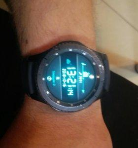 Продам смарт часы Самсунг