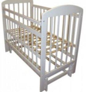 Кроватка с продольным маятником