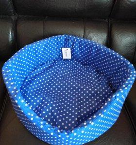 Новая ! Лежанка со сьемной подушкой