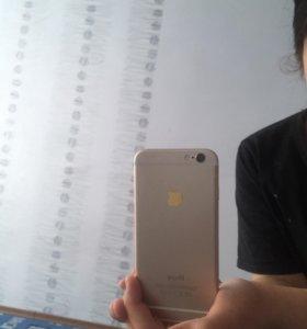 Айфон 6. Золотой.