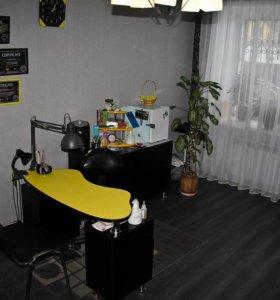 Комплект мебель для маникюрно кабинета.
