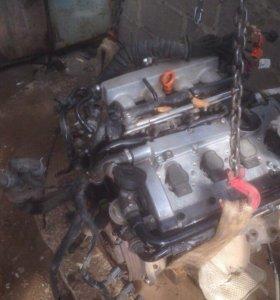 Двигатель 1.8 AWM AWT