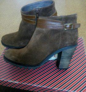 Ботинки новые женские из натуральной замши