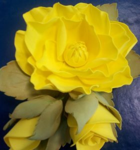 Заколки, резиночки, ободки с цветами из фоамирана.