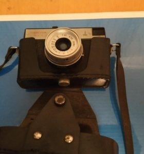 Продам фотоапараты kodak 100. Смена 400