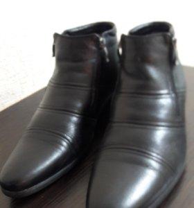 Мужские зимние ботинки в хорошем состоянии