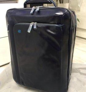 Кожаный премиум чемодан Piquadro