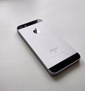 iPhone SE на 32Гб