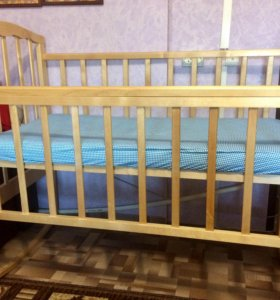 Кроватка детская качалка.