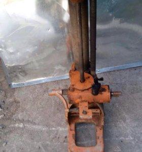 Деталь для гаражного оборудования