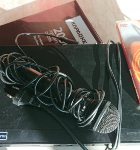 DVD-плеер LG DKS-2000H с караоке