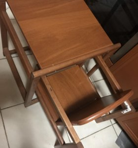Детский модульный деревянный стул.