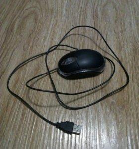 Офисная компьютерная мышь.