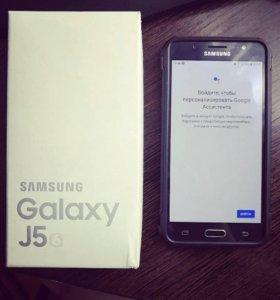 Телефон Самсунг J5 2016