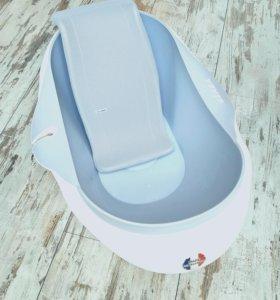 Ванночка для купания Beaba и шезлонг
