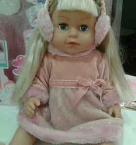 Кукла красотка с длинными волосами