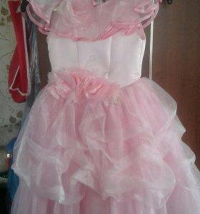 Платье на девочку 4-5 лет (надо мерить)